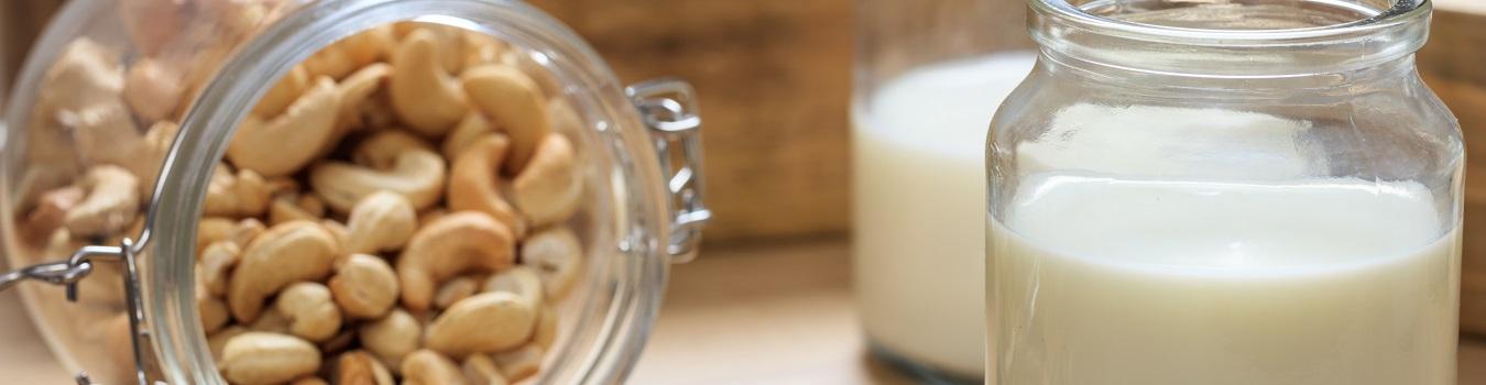 Cashew-Milch-Banner