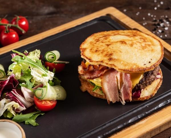Pancake-Burger-herzhaft
